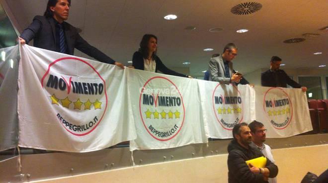 Piano casa, protesta del M5S