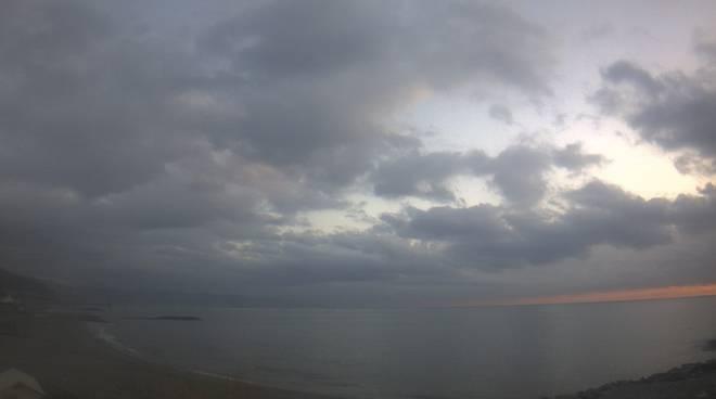 Meteo Nuvoloso Ceriale 23 dicembre 2015
