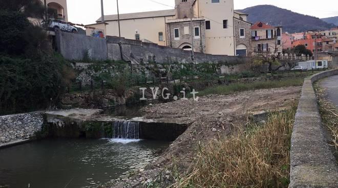 Al via la messa in sicurezza dell'argine del Varatella a Toirano