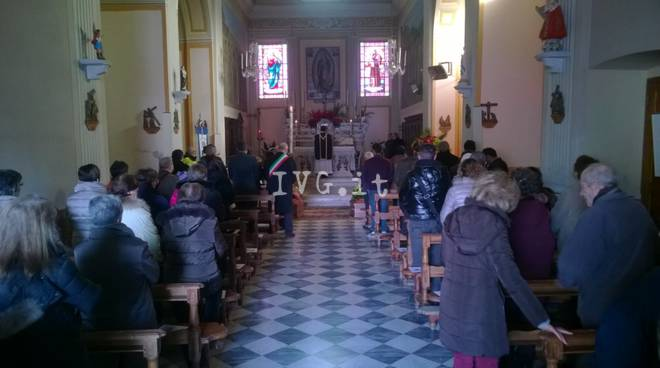 Esplosione di Arnasco, i funerali di Dino Andrei e Aicha Bellamoudden