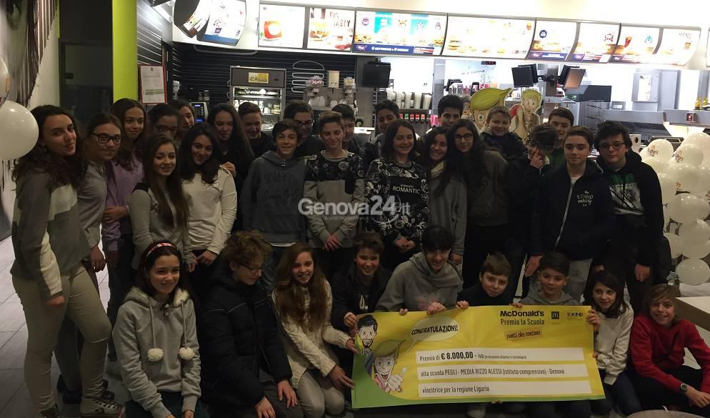 McDonald's premia la scuola Rizzo Alessi
