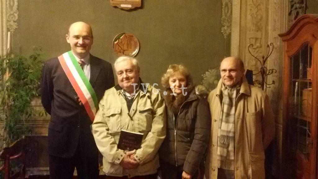 Finale Frascherelli Turisti Fedeli Città Coniugi Betti