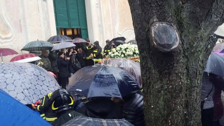 funerali paonessa