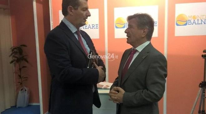 Il presidente di Assobalneari Fabrizio Lircordari con il presidente della Federazione spagnola Del Castillo