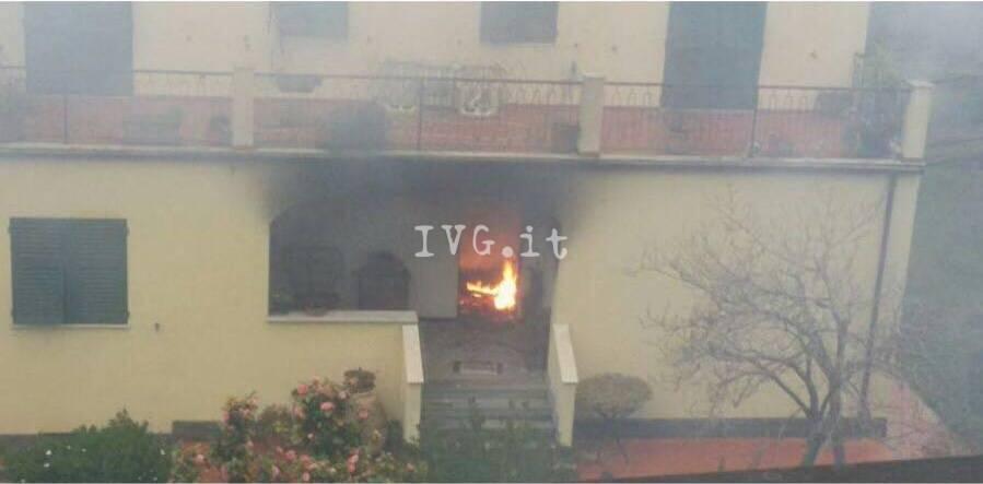 Incendio in abitazione a Finalborgo
