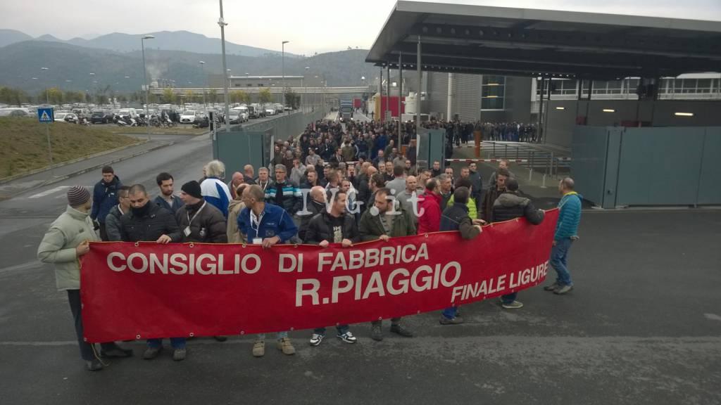 protesta piaggio villanova sciopero