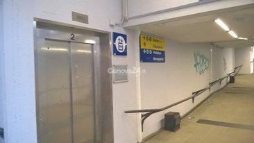 ascensori stazione sestri ponente