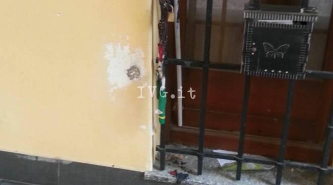 atto vandalico pd