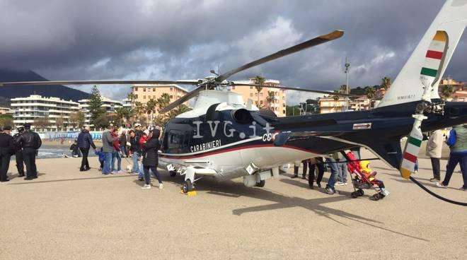 Elicottero Bologna Oggi : Andora sorvegliata dall alto elicottero dell arma dei