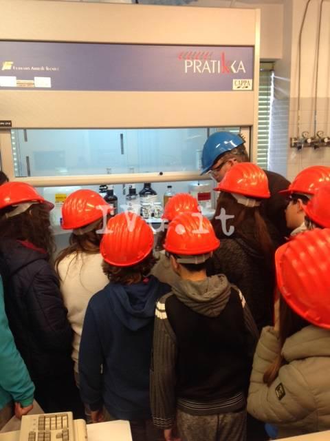 Fabbriche Aperte, visita all'Infineum di Vado Ligure