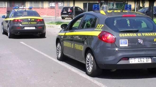 Torino: Sequestrati tonnellate di cibo clandestino