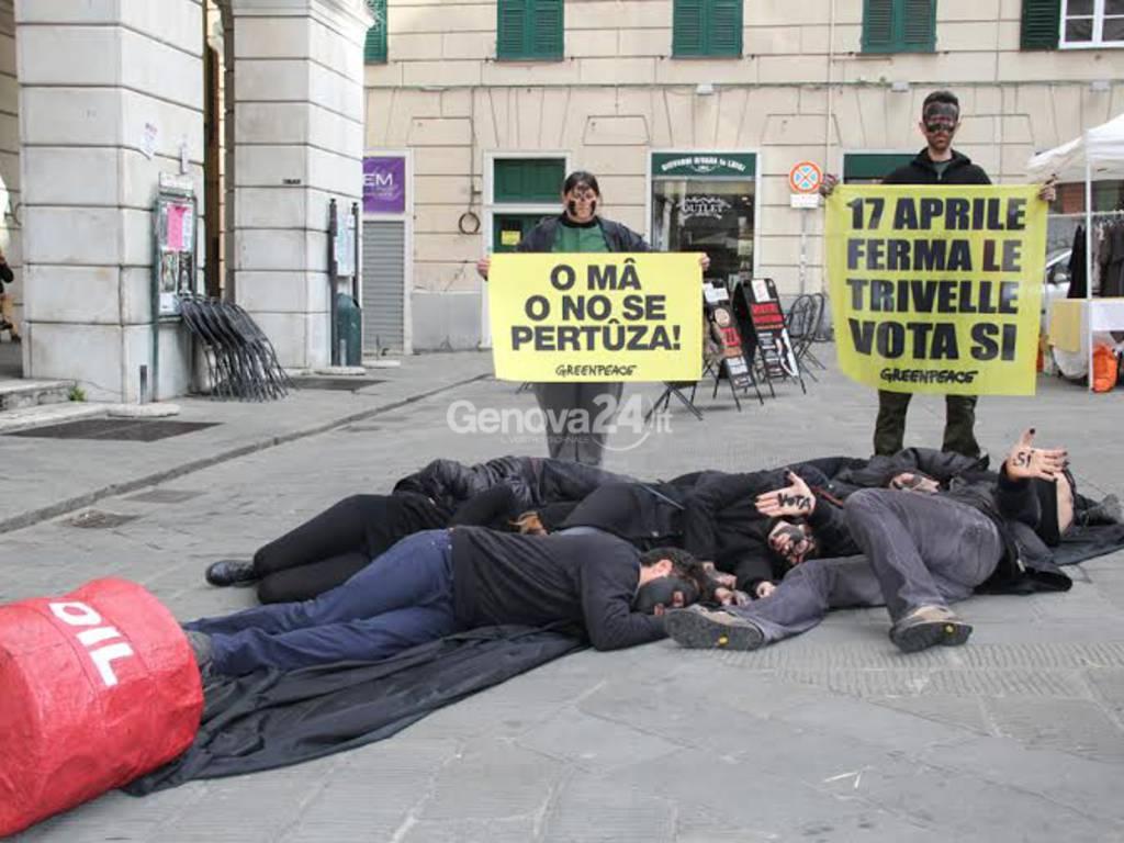 Flash mob di Greenpeace contro le trivelle