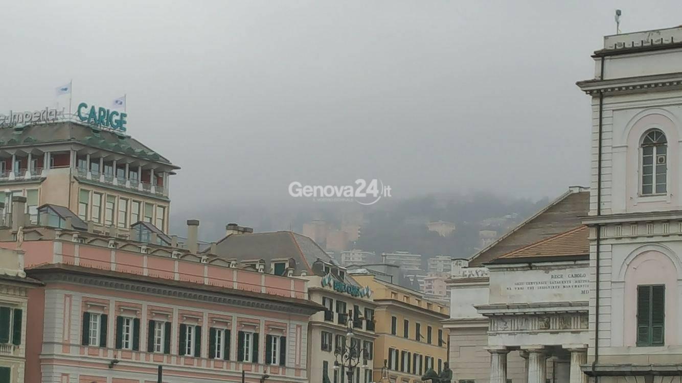 nebbia a Genova