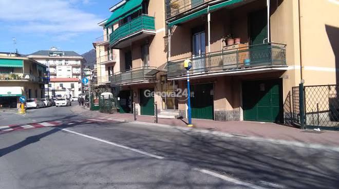 Punti luce e attraversamenti pedonali in via Mameli