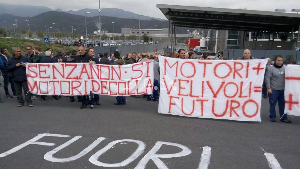 Villanova, nuova manifestazione dei lavoratori Piaggio