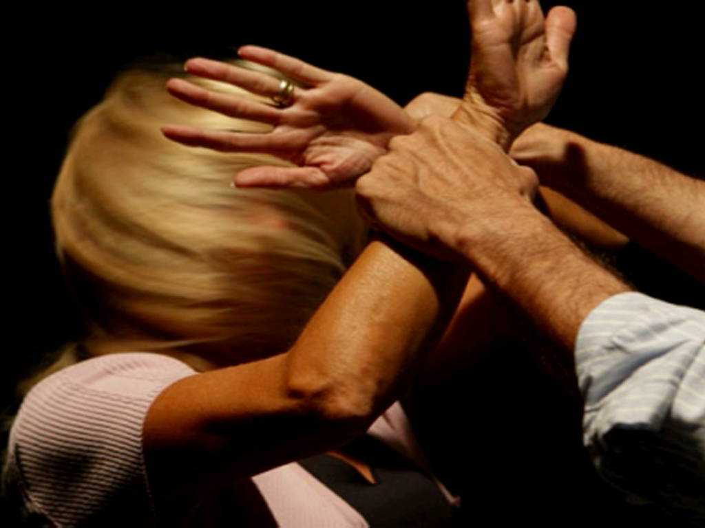 violenza donne maltrattamenti