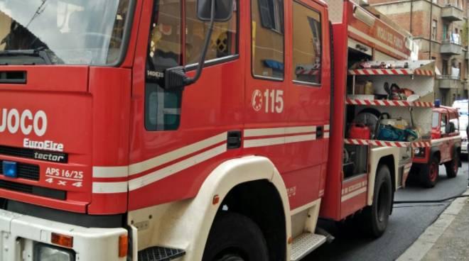 Cairo, incendio nello scantinato di un palazzo di via Indipendenza