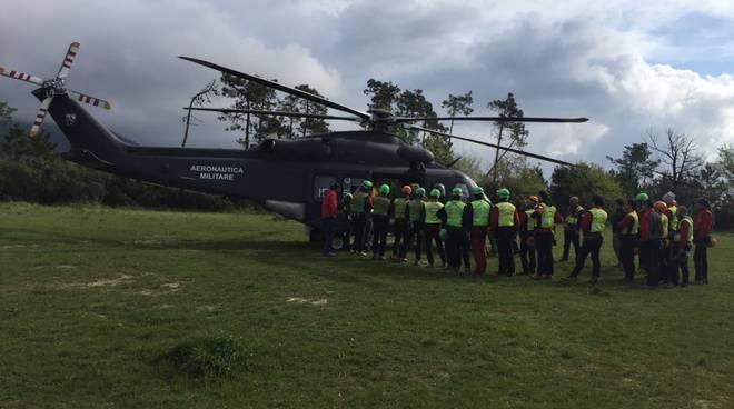 elicottero areonautica militare