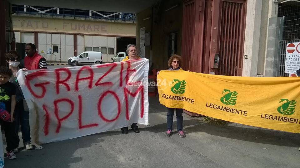 Emergenza petrolio, protesta a Fegino