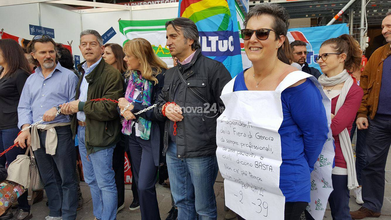 fiera di genova protesta