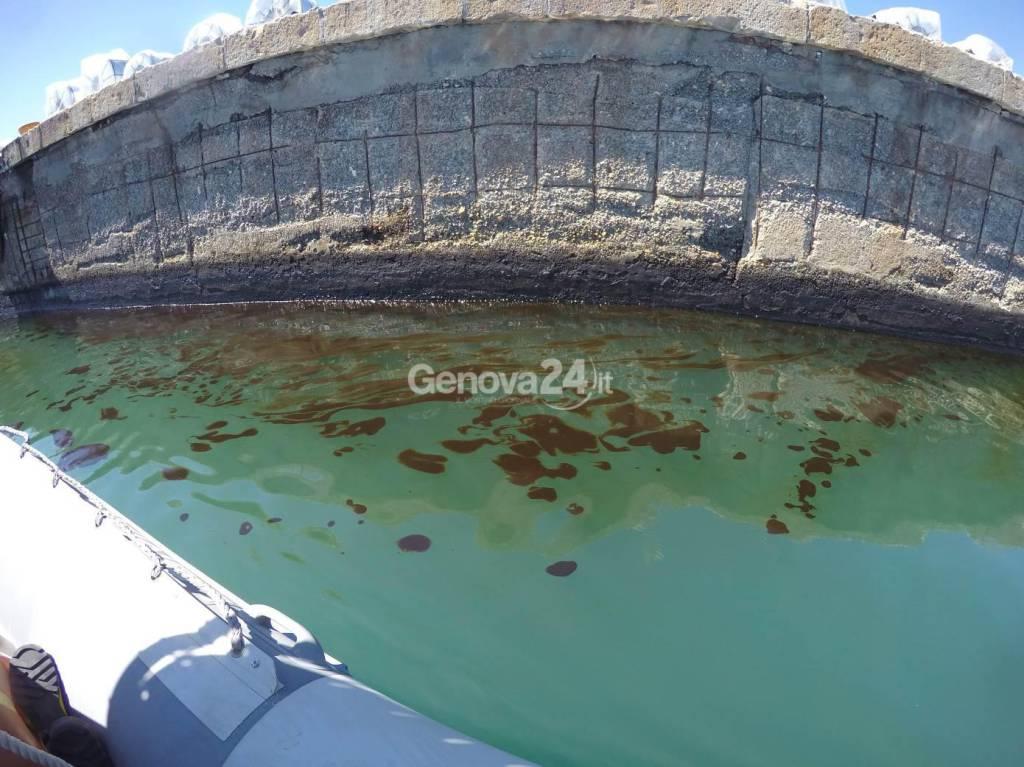 Il petrolio in mare