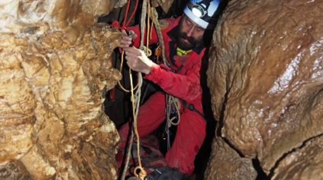 soccorso alpino grotte toirano