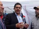 Un successo il latte genovese venduto in piazza De Ferrari: 400 litri in un'ora e mezza