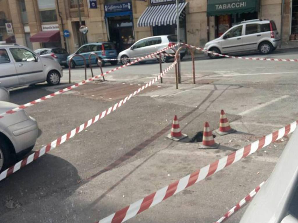 buche asfalto savona