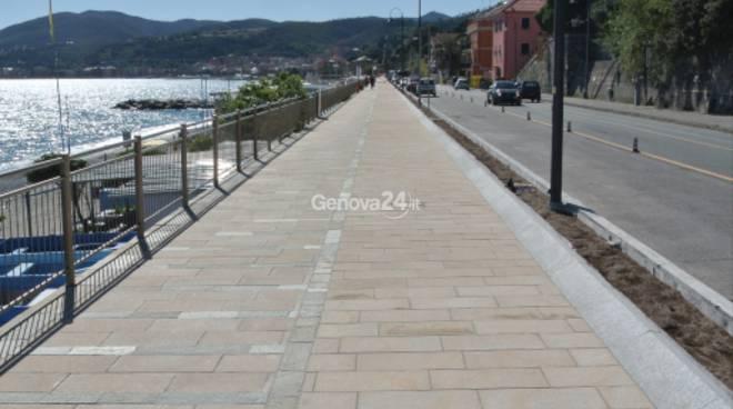 Cogoleto - Genova Quasi terminato  il primo tratto della nuova passeggiata e pista ciclabile