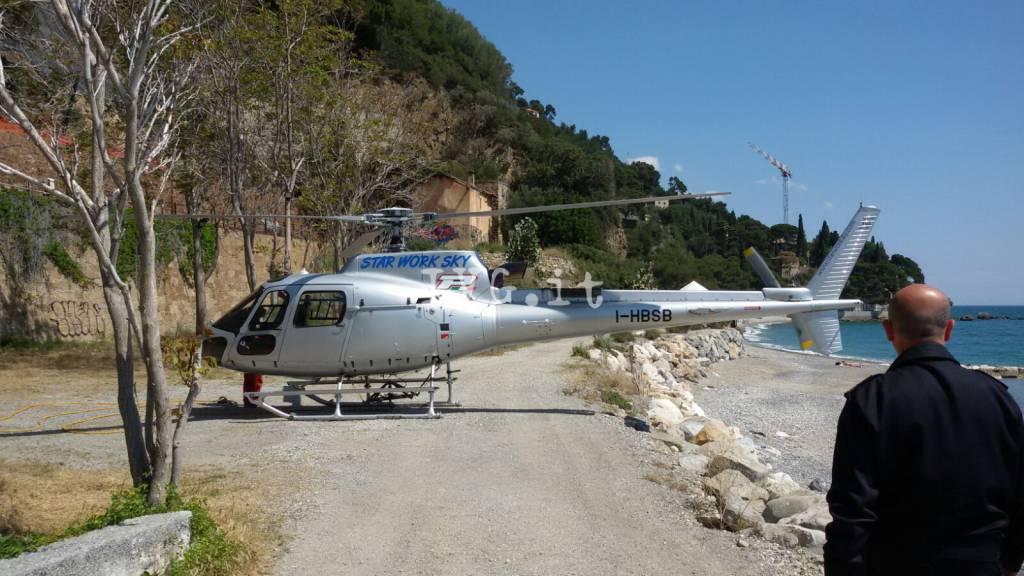 elicottero spiaggia