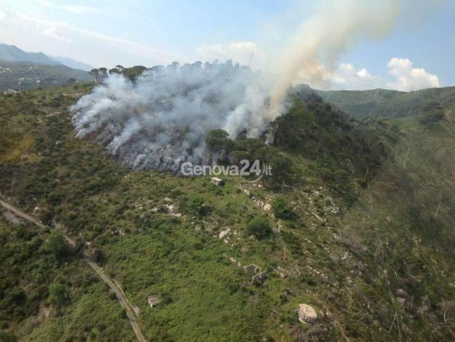 Incendio sul Monte Moro