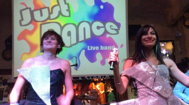 Just Dance live band