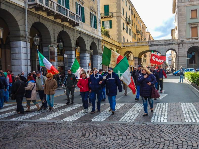 Piazza Sisto IV: il 1° maggio a Savona