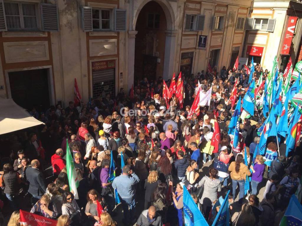 Sciopero e manifestazione di mense, turismo e tutto il terzo settore
