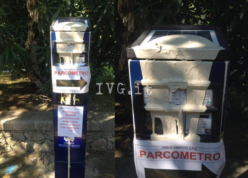 Parcometro vandalizzato Porta Testa Finalborgo