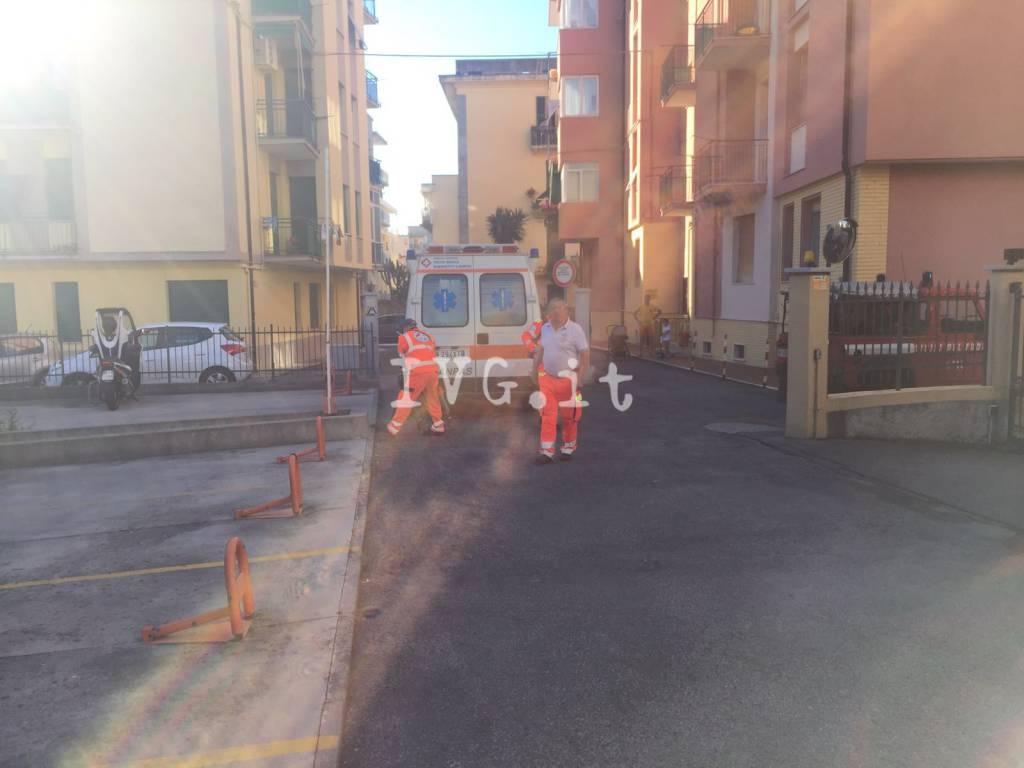 Loano, fuga di gas in via Petrarca
