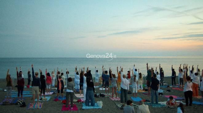 Notte Bianca dello Yoga a Sestri Levante