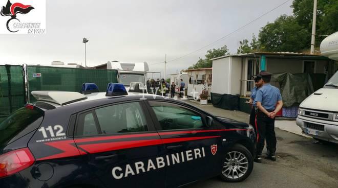 Savona, controlli dei carabinieri al campo nomadi