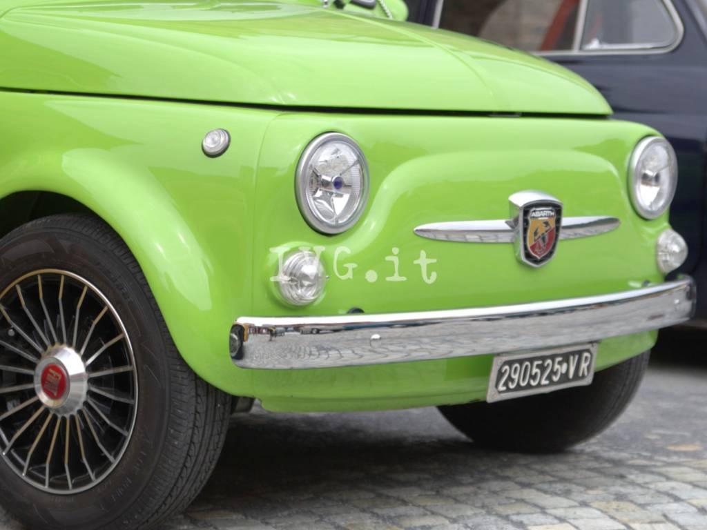 A Garlenda prosegue il 33^ Meeting della Fiat 500