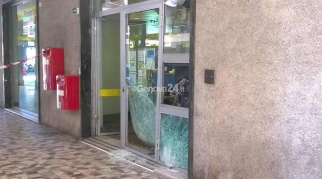 Bancomat esploso a Sestri Ponente