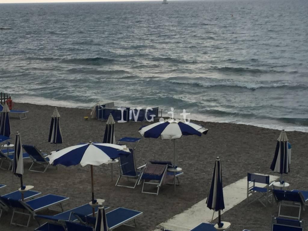 Malore Bagnante Spiaggia Pietra Ligure