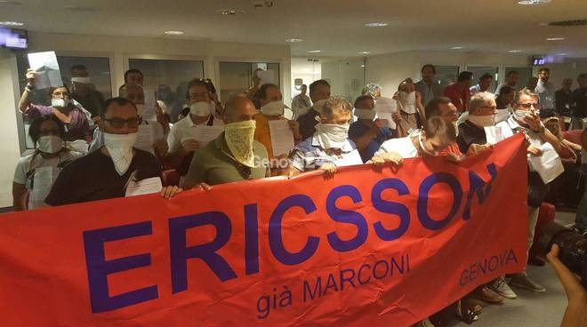 ericsson protesta consiglio regionale