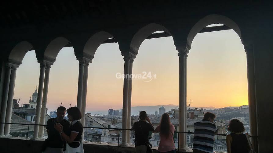 Il tramonto dalla loggia della cattedrale di San Lorenzo