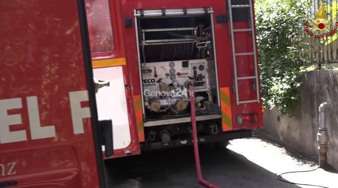 Incendio in via Montallegro