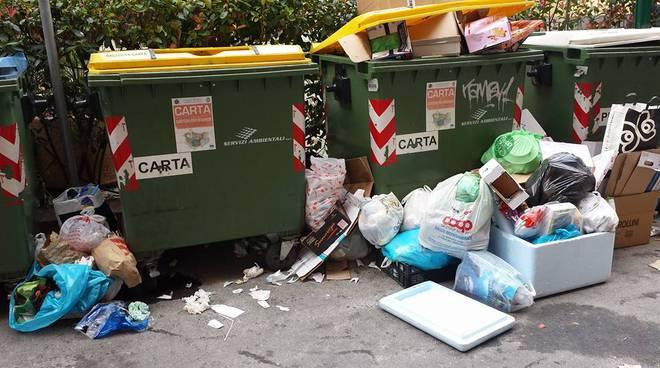 loano rifiuti differenziata