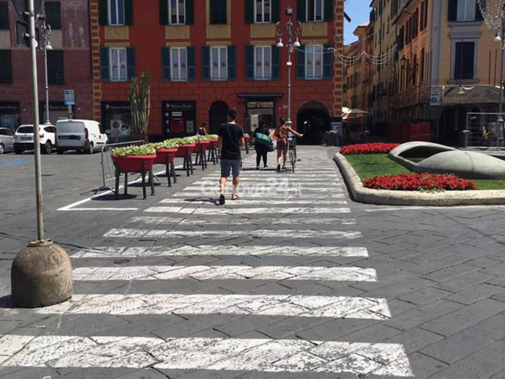 Piazza Matteotti pedonale a Chiavari