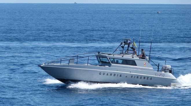 sezione operativa navale finanza