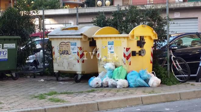 Borghetto Bidoni Cassonetti Differenziata