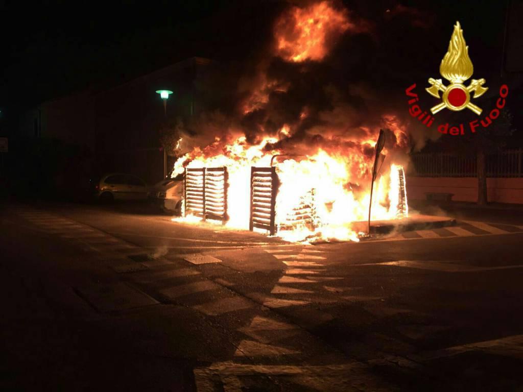 vvff vigili del fuoco incendio notte