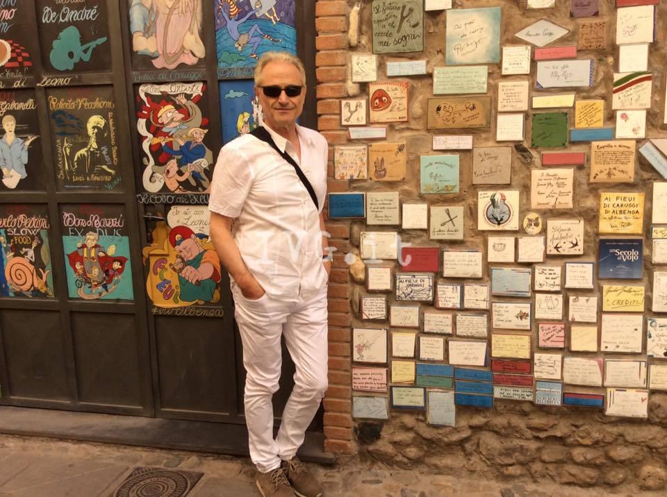 Amedeo Minghi in visita ad Albenga
